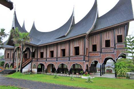 10-tempat-wisata-yang-harus-anda-kunjungi-di-sumatera-barat