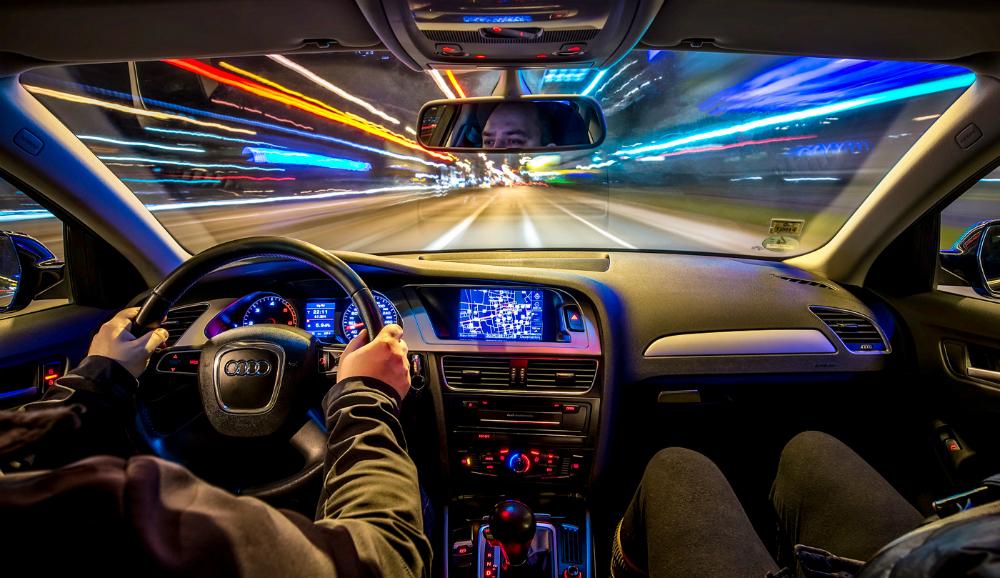 teknologi-mobil-yang-makin-trendy-di-tahun-2018